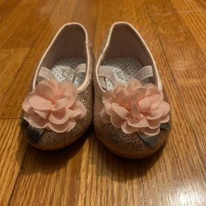 Baby shoes 3 for $15: Oshkosh baby shoes size 4